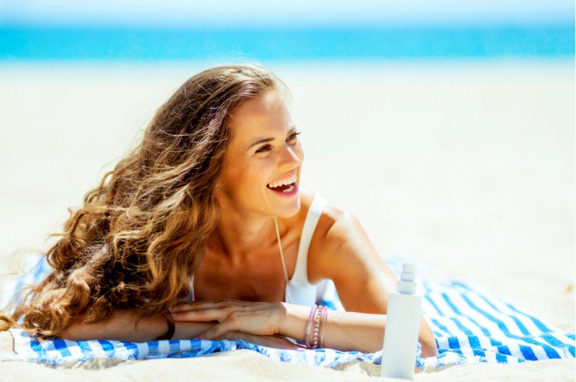 prodotti solari per capelli